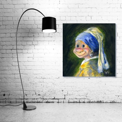 Troll-with-Pearl-earring-Troll-Wall-Art-with-Lamp